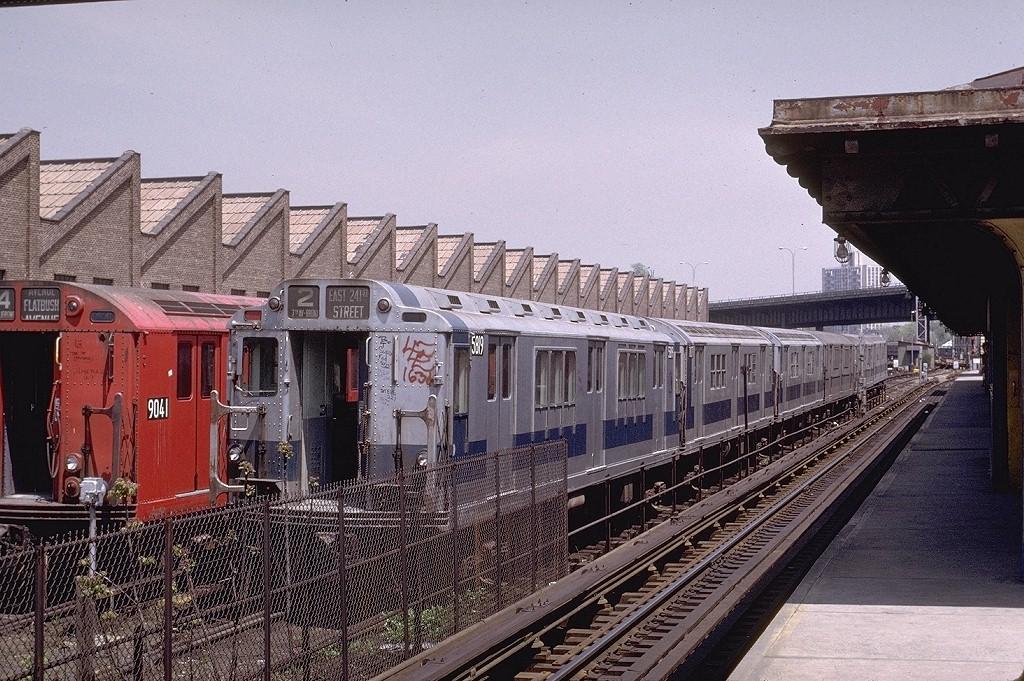 (264k, 1024x681)<br><b>Country:</b> United States<br><b>City:</b> New York<br><b>System:</b> New York City Transit<br><b>Location:</b> East 180th Street Yard<br><b>Car:</b> R-14 (American Car & Foundry, 1949) 5819 <br><b>Photo by:</b> Joe Testagrose<br><b>Date:</b> 5/6/1972<br><b>Viewed (this week/total):</b> 0 / 4250