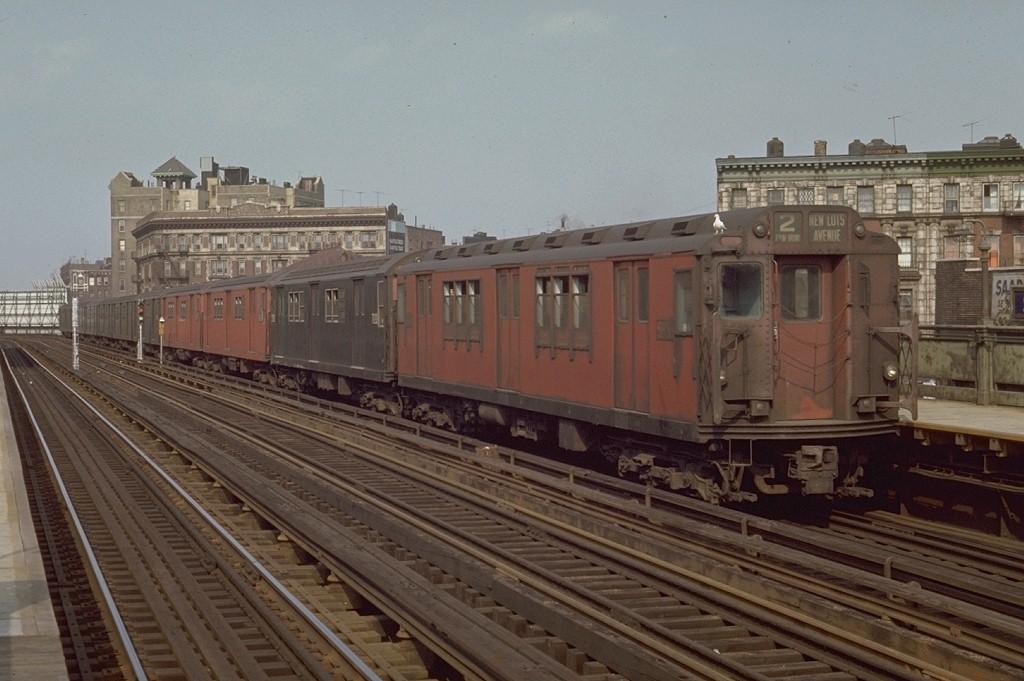 (172k, 1024x681)<br><b>Country:</b> United States<br><b>City:</b> New York<br><b>System:</b> New York City Transit<br><b>Line:</b> IRT White Plains Road Line<br><b>Location:</b> Simpson Street <br><b>Route:</b> 2<br><b>Car:</b> R-14 (American Car & Foundry, 1949) 5838 <br><b>Photo by:</b> Joe Testagrose<br><b>Date:</b> 5/9/1970<br><b>Viewed (this week/total):</b> 2 / 2949