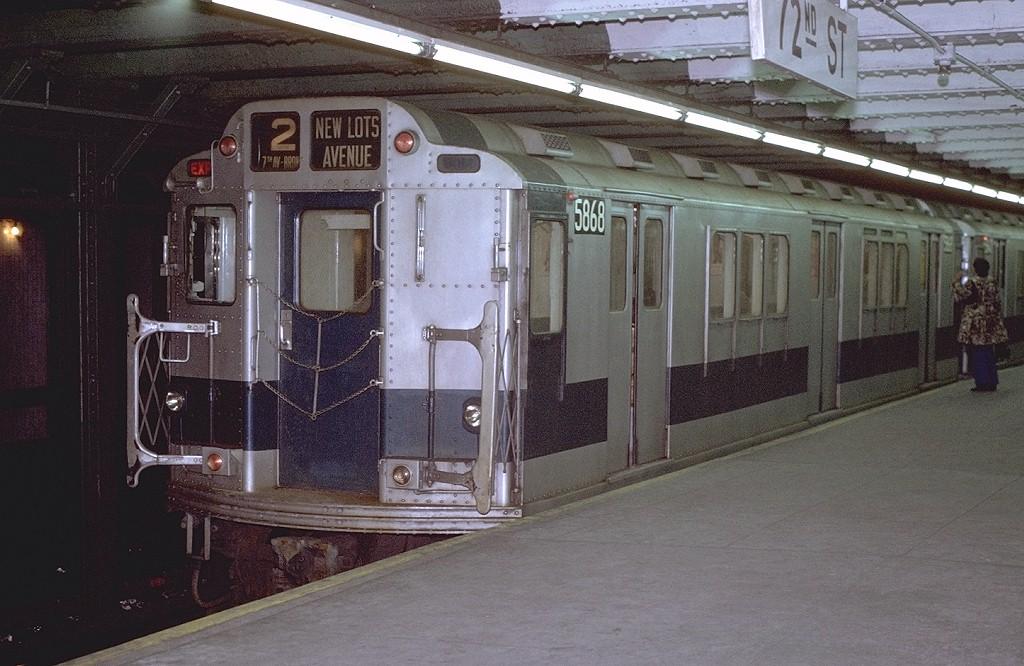 (199k, 1024x666)<br><b>Country:</b> United States<br><b>City:</b> New York<br><b>System:</b> New York City Transit<br><b>Line:</b> IRT West Side Line<br><b>Location:</b> 72nd Street <br><b>Route:</b> 2<br><b>Car:</b> R-14 (American Car & Foundry, 1949) 5868 <br><b>Photo by:</b> Joe Testagrose<br><b>Date:</b> 1/23/1971<br><b>Viewed (this week/total):</b> 0 / 5640