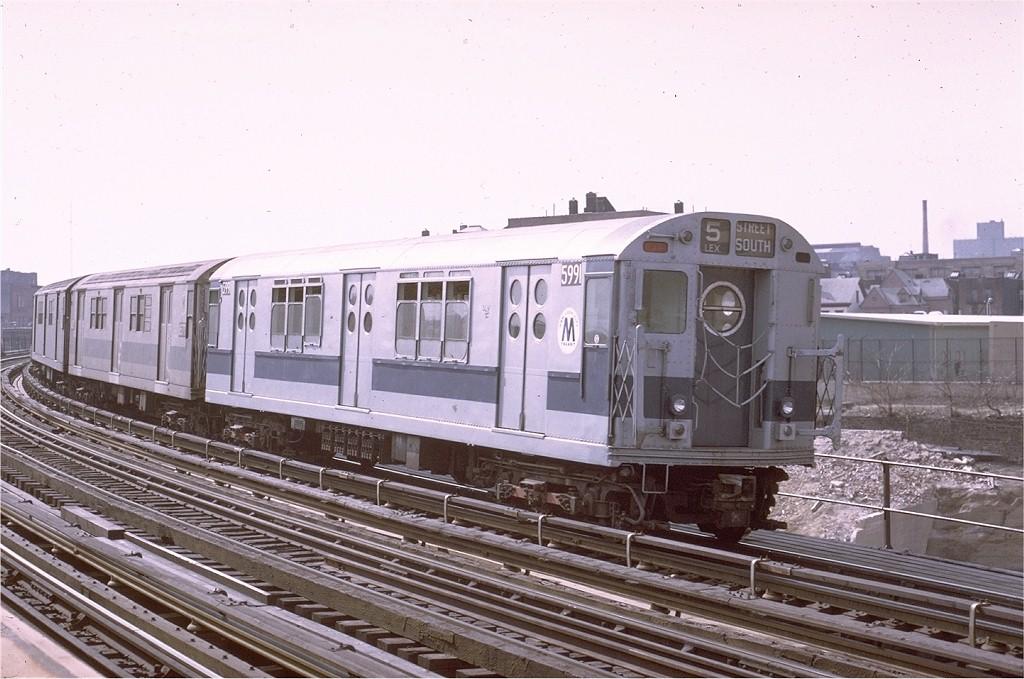 (190k, 1024x679)<br><b>Country:</b> United States<br><b>City:</b> New York<br><b>System:</b> New York City Transit<br><b>Line:</b> IRT White Plains Road Line<br><b>Location:</b> West Farms Sq./East Tremont Ave./177th St. <br><b>Route:</b> 2<br><b>Car:</b> R-15 (American Car & Foundry, 1950) 5991 <br><b>Photo by:</b> Joe Testagrose<br><b>Date:</b> 3/28/1971<br><b>Viewed (this week/total):</b> 1 / 3297
