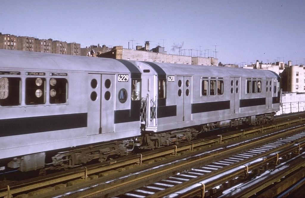 (189k, 1024x666)<br><b>Country:</b> United States<br><b>City:</b> New York<br><b>System:</b> New York City Transit<br><b>Line:</b> IRT Woodlawn Line<br><b>Location:</b> 170th Street <br><b>Route:</b> 4<br><b>Car:</b> R-15 (American Car & Foundry, 1950) 6201 <br><b>Photo by:</b> Doug Grotjahn<br><b>Collection of:</b> Joe Testagrose<br><b>Date:</b> 1/16/1971<br><b>Viewed (this week/total):</b> 0 / 3180