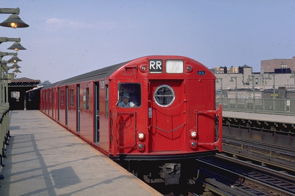 (184k, 1024x680)<br><b>Country:</b> United States<br><b>City:</b> New York<br><b>System:</b> New York City Transit<br><b>Line:</b> BMT Astoria Line<br><b>Location:</b> 30th/Grand Aves. <br><b>Route:</b> RR<br><b>Car:</b> R-16 (American Car & Foundry, 1955) 6310 <br><b>Photo by:</b> Doug Grotjahn<br><b>Collection of:</b> Joe Testagrose<br><b>Date:</b> 8/31/1968<br><b>Viewed (this week/total):</b> 0 / 4404