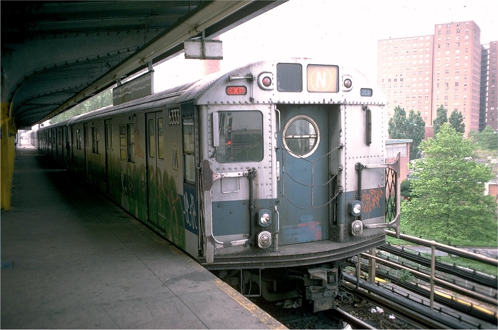 (220k, 1024x679)<br><b>Country:</b> United States<br><b>City:</b> New York<br><b>System:</b> New York City Transit<br><b>Location:</b> Coney Island/Stillwell Avenue<br><b>Route:</b> N<br><b>Car:</b> R-16 (American Car & Foundry, 1955) 6333 <br><b>Photo by:</b> Joe Testagrose<br><b>Date:</b> 6/1/1976<br><b>Viewed (this week/total):</b> 2 / 4236