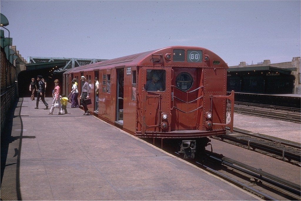 (208k, 1024x685)<br><b>Country:</b> United States<br><b>City:</b> New York<br><b>System:</b> New York City Transit<br><b>Line:</b> IND Crosstown Line<br><b>Location:</b> Smith/9th Street <br><b>Route:</b> GG<br><b>Car:</b> R-16 (American Car & Foundry, 1955) 6383 <br><b>Photo by:</b> Doug Grotjahn<br><b>Collection of:</b> Joe Testagrose<br><b>Date:</b> 6/13/1970<br><b>Viewed (this week/total):</b> 0 / 3546