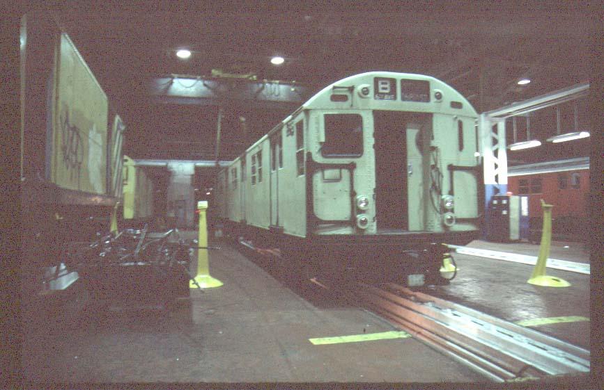(85k, 867x561)<br><b>Country:</b> United States<br><b>City:</b> New York<br><b>System:</b> New York City Transit<br><b>Location:</b> Coney Island Shop/Overhaul & Repair Shop<br><b>Car:</b> R-16 (American Car & Foundry, 1955) 6398 <br><b>Photo by:</b> Harold<br><b>Viewed (this week/total):</b> 2 / 4106