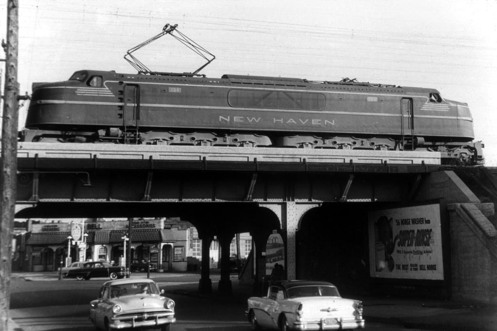(208k, 1024x683)<br><b>Country:</b> United States<br><b>System:</b> Metro-North Railroad (or Amtrak or Predecessor RR)<br><b>Line:</b> Metro North-New Haven Line<br><b>Location:</b> Port Chester <br><b>Car:</b>  158 <br><b>Collection of:</b> David Pirmann<br><b>Viewed (this week/total):</b> 0 / 3618