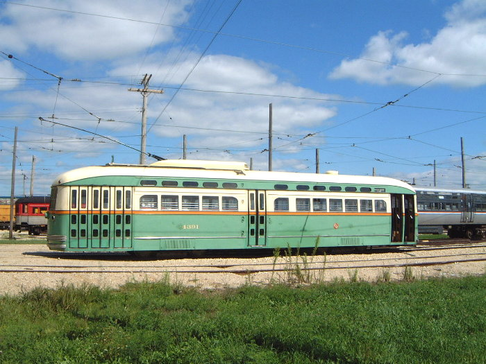 (112k, 700x525)<br><b>Country:</b> United States<br><b>City:</b> Union, IL<br><b>System:</b> Illinois Railway Museum <br><b>Car:</b> PCC  4391 <br><b>Photo by:</b> Bob Vogel<br><b>Date:</b> 9/1/2001<br><b>Viewed (this week/total):</b> 0 / 13311