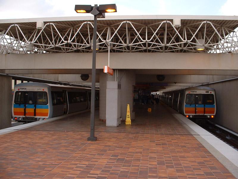 (161k, 800x600)<br><b>Country:</b> United States<br><b>City:</b> Atlanta, GA<br><b>System:</b> MARTA<br><b>Line:</b> North-South Line <br><b>Location:</b> Airport <br><b>Photo by:</b> Robert Ferreira<br><b>Date:</b> 3/29/2002<br><b>Viewed (this week/total):</b> 0 / 3239