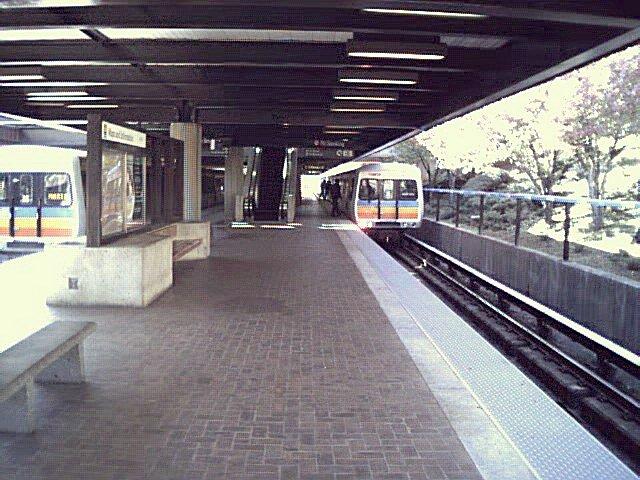 (90k, 640x480)<br><b>Country:</b> United States<br><b>City:</b> Atlanta, GA<br><b>System:</b> MARTA<br><b>Line:</b> East-West Line <br><b>Location:</b> Avondale <br><b>Photo by:</b> Robert Ferreira<br><b>Viewed (this week/total):</b> 1 / 1866