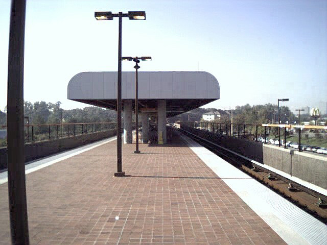 (100k, 640x480)<br><b>Country:</b> United States<br><b>City:</b> Atlanta, GA<br><b>System:</b> MARTA<br><b>Line:</b> Doraville Branch <br><b>Location:</b> Brookhaven-Oglethorpe U. <br><b>Photo by:</b> Robert Ferreira<br><b>Date:</b> 2000<br><b>Viewed (this week/total):</b> 3 / 2463