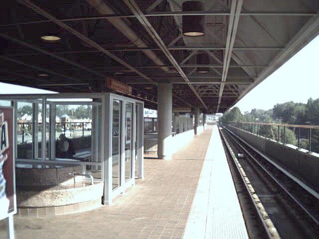 (119k, 640x480)<br><b>Country:</b> United States<br><b>City:</b> Atlanta, GA<br><b>System:</b> MARTA<br><b>Line:</b> Doraville Branch <br><b>Location:</b> Brookhaven-Oglethorpe U. <br><b>Photo by:</b> Robert Ferreira<br><b>Date:</b> 2000<br><b>Viewed (this week/total):</b> 3 / 2503