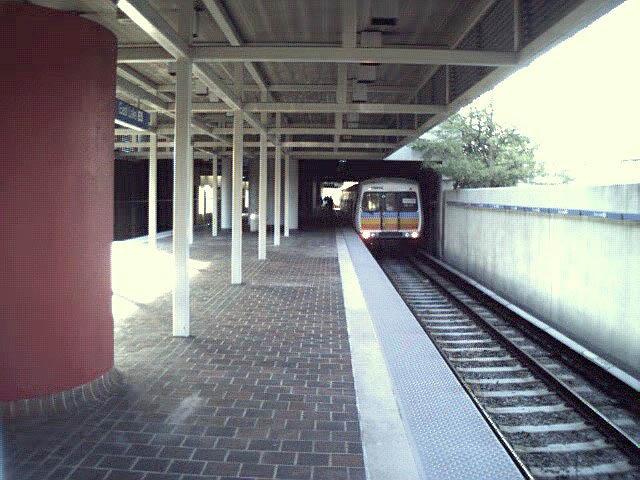 (77k, 640x480)<br><b>Country:</b> United States<br><b>City:</b> Atlanta, GA<br><b>System:</b> MARTA<br><b>Line:</b> East-West Line <br><b>Location:</b> East Lake <br><b>Photo by:</b> Robert Ferreira<br><b>Viewed (this week/total):</b> 0 / 2324