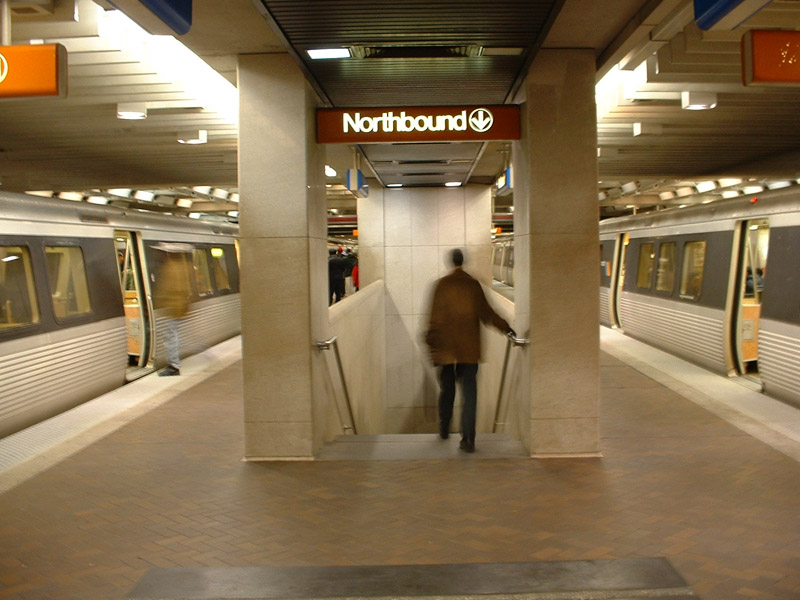 (135k, 800x600)<br><b>Country:</b> United States<br><b>City:</b> Atlanta, GA<br><b>System:</b> MARTA<br><b>Line:</b> North-South Line <br><b>Location:</b> Five Points <br><b>Photo by:</b> Robert Ferreira<br><b>Date:</b> 2/6/2002<br><b>Viewed (this week/total):</b> 0 / 4427
