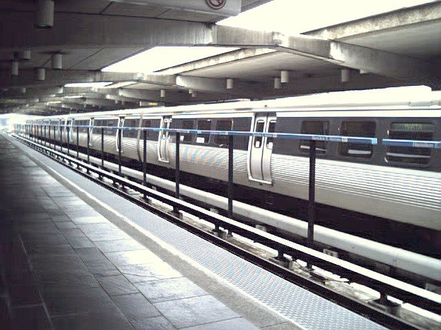 (144k, 640x480)<br><b>Country:</b> United States<br><b>City:</b> Atlanta, GA<br><b>System:</b> MARTA<br><b>Line:</b> East-West Line <br><b>Location:</b> Hamilton E. Holmes <br><b>Photo by:</b> Robert Ferreira<br><b>Date:</b> 2000<br><b>Viewed (this week/total):</b> 4 / 2528