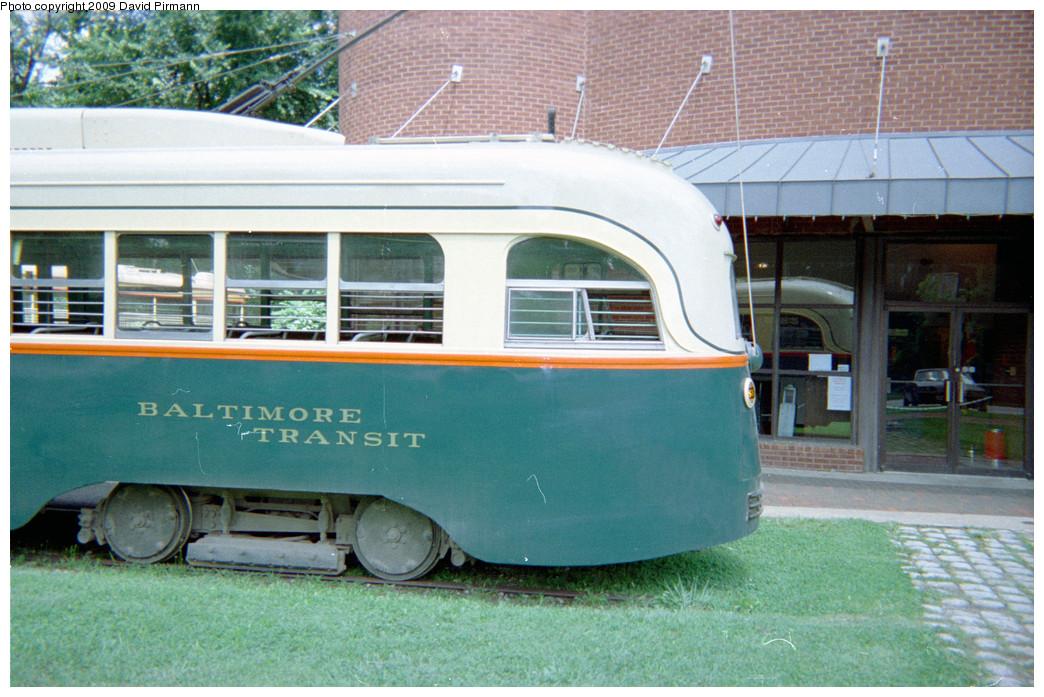 (280k, 1044x697)<br><b>Country:</b> United States<br><b>City:</b> Baltimore, MD<br><b>System:</b> Baltimore Streetcar Museum <br><b>Car:</b> PCC 7407 <br><b>Photo by:</b> David Pirmann<br><b>Date:</b> 8/10/1996<br><b>Notes:</b> BTC PCC 7407 left rear<br><b>Viewed (this week/total):</b> 2 / 1738