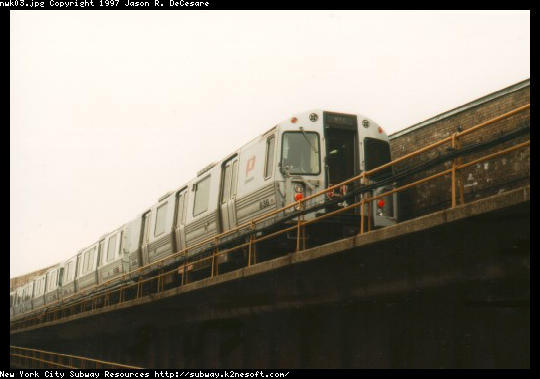 (26k, 540x379)<br><b>Country:</b> United States<br><b>City:</b> Newark, NJ<br><b>System:</b> PATH<br><b>Location:</b> Newark (Penn Station) <br><b>Car:</b> PATH PA-4 (Kawasaki, 1986)  836 <br><b>Photo by:</b> Jason R. DeCesare<br><b>Date:</b> 11/1996<br><b>Viewed (this week/total):</b> 0 / 5067