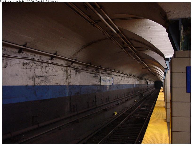 (63k, 820x620)<br><b>Country:</b> United States<br><b>City:</b> Jersey City, NJ<br><b>System:</b> PATH<br><b>Location:</b> Grove Street <br><b>Photo by:</b> David Pirmann<br><b>Date:</b> 6/18/2000<br><b>Viewed (this week/total):</b> 5 / 6057