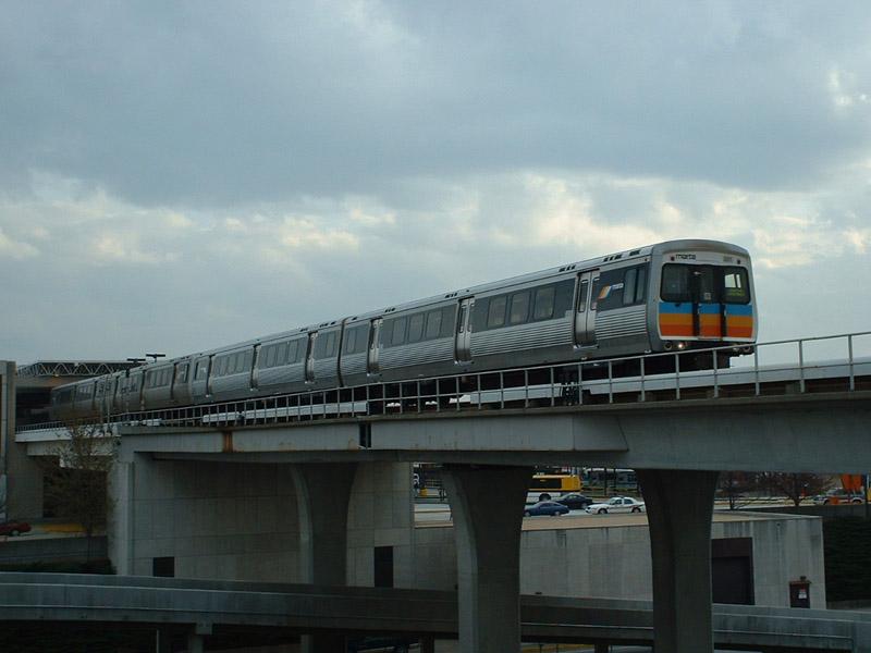 (110k, 800x600)<br><b>Country:</b> United States<br><b>City:</b> Atlanta, GA<br><b>System:</b> MARTA<br><b>Line:</b> North-South Line <br><b>Location:</b> Airport <br><b>Photo by:</b> Robert Ferreira<br><b>Date:</b> 3/19/2002<br><b>Notes:</b> Northbound train departing Airport<br><b>Viewed (this week/total):</b> 0 / 3863