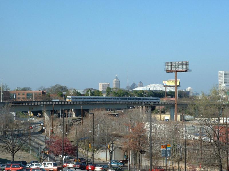 (156k, 800x600)<br><b>Country:</b> United States<br><b>City:</b> Atlanta, GA<br><b>System:</b> MARTA<br><b>Line:</b> North-South Line <br><b>Location:</b> West End <br><b>Photo by:</b> Robert Ferreira<br><b>Date:</b> 3/21/2002<br><b>Notes:</b> Southbound train approaching West End<br><b>Viewed (this week/total):</b> 2 / 3737