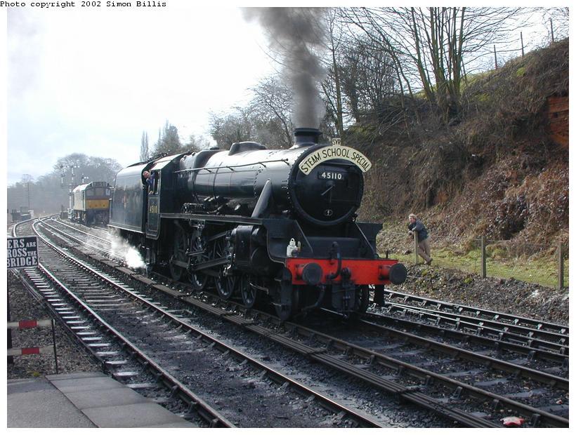 (116k, 820x620)<br><b>Country:</b> United Kingdom<br><b>System:</b> Severn Valley Railway <br><b>Photo by:</b> Simon Billis<br><b>Date:</b> 4/22/2001<br><b>Viewed (this week/total):</b> 2 / 1758