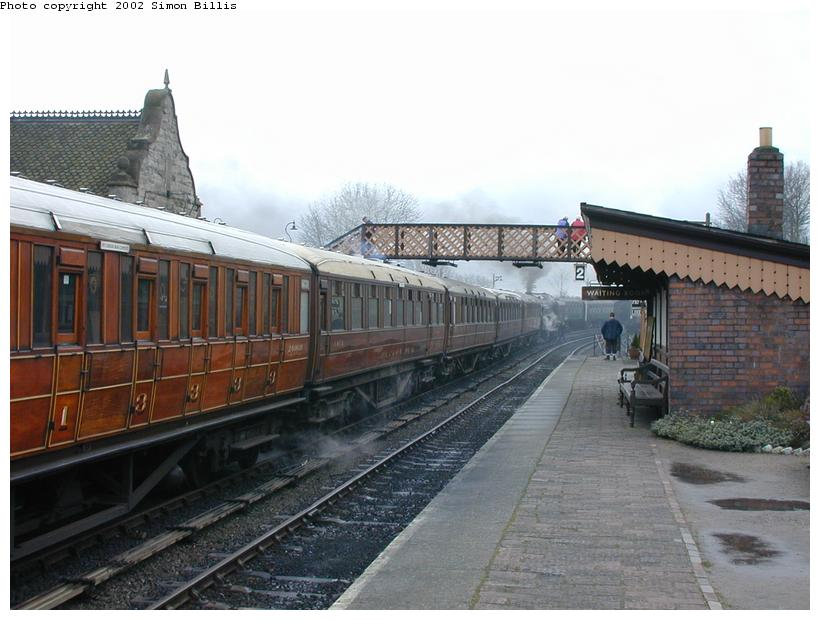 (80k, 820x620)<br><b>Country:</b> United Kingdom<br><b>System:</b> Severn Valley Railway <br><b>Photo by:</b> Simon Billis<br><b>Date:</b> 4/22/2001<br><b>Viewed (this week/total):</b> 2 / 1598