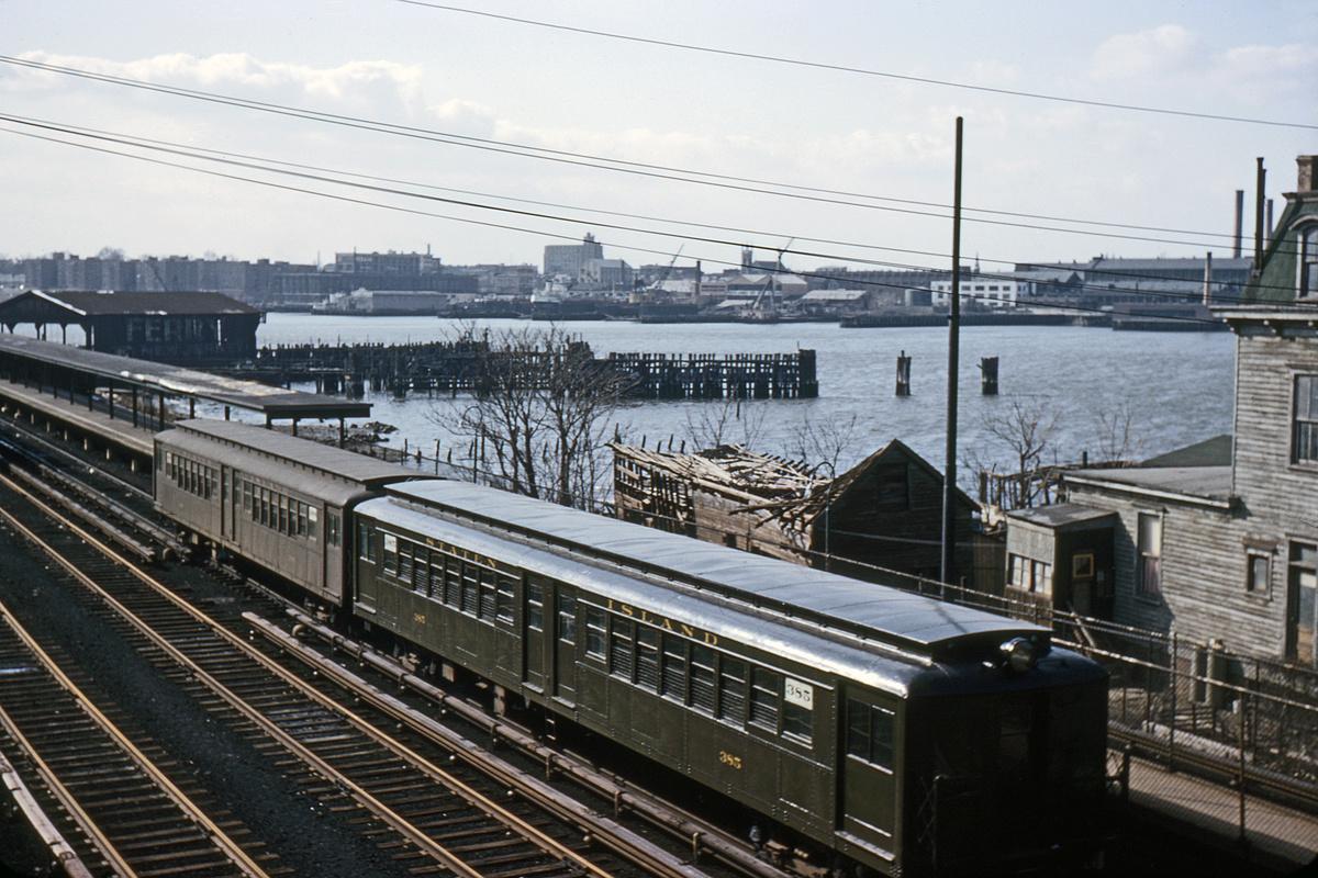 (430k, 1024x683)<br><b>Country:</b> United States<br><b>City:</b> New York<br><b>System:</b> New York City Transit<br><b>Line:</b> SIRT<br><b>Location:</b> Tottenville <br><b>Car:</b> SIRT ME-1 (Motor) 385 <br><b>Collection of:</b> David Pirmann<br><b>Date:</b> 2/8/1964<br><b>Viewed (this week/total):</b> 5 / 6257