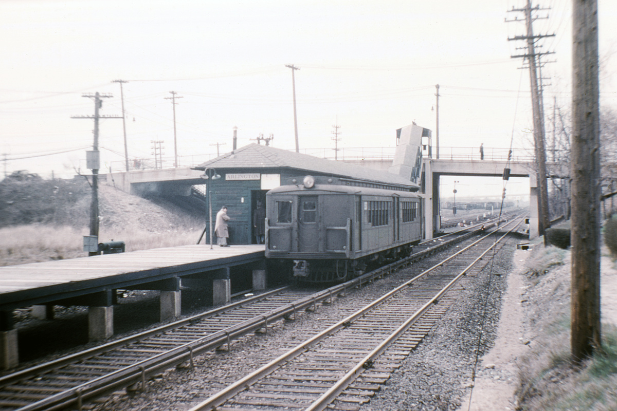 (341k, 1024x683)<br><b>Country:</b> United States<br><b>City:</b> New York<br><b>System:</b> New York City Transit<br><b>Line:</b> SIRT North Shore Line<br><b>Location:</b> Arlington <br><b>Car:</b> SIRT ME-1 (Motor)  <br><b>Collection of:</b> David Pirmann<br><b>Date:</b> 3/1953<br><b>Notes:</b> Last day of service on North Shore line<br><b>Viewed (this week/total):</b> 0 / 7134