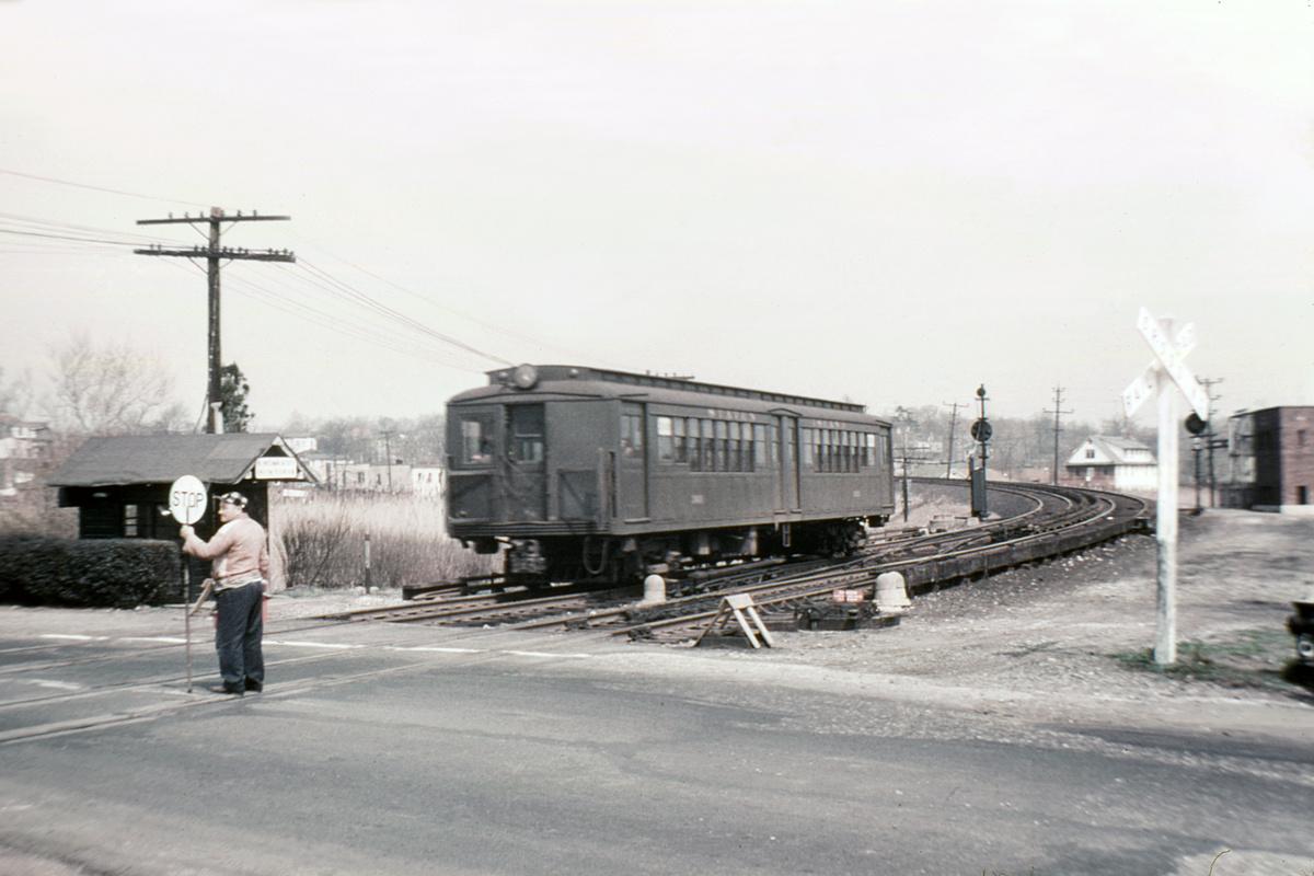 (270k, 1044x671)<br><b>Country:</b> United States<br><b>City:</b> New York<br><b>System:</b> New York City Transit<br><b>Line:</b> SIRT South Beach Line<br><b>Location:</b> Sand Lane<br><b>Car:</b> SIRT ME-1 (Motor)  <br><b>Collection of:</b> David Pirmann<br><b>Date:</b> 3/31/1953<br><b>Viewed (this week/total):</b> 2 / 8858