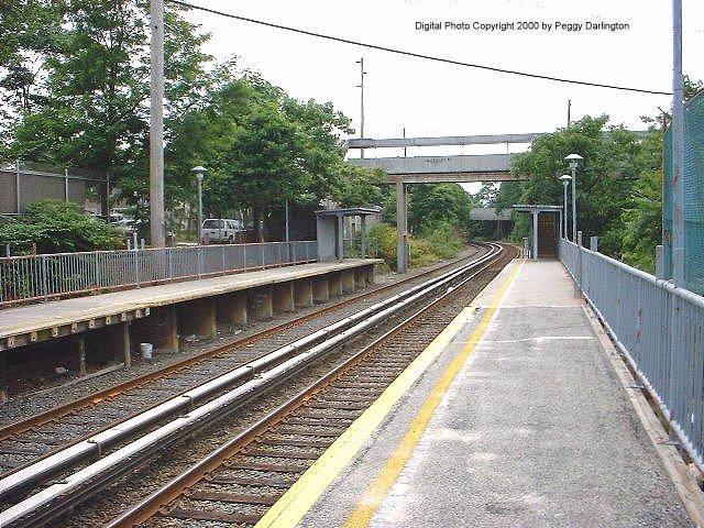 (104k, 640x480)<br><b>Country:</b> United States<br><b>City:</b> New York<br><b>System:</b> New York City Transit<br><b>Line:</b> SIRT<br><b>Location:</b> Nassau <br><b>Photo by:</b> Peggy Darlington<br><b>Date:</b> 6/2000<br><b>Viewed (this week/total):</b> 0 / 4345