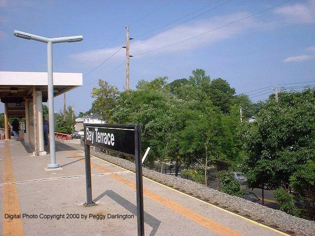 (85k, 640x480)<br><b>Country:</b> United States<br><b>City:</b> New York<br><b>System:</b> New York City Transit<br><b>Line:</b> SIRT<br><b>Location:</b> Bay Terrace <br><b>Photo by:</b> Peggy Darlington<br><b>Date:</b> 6/2000<br><b>Viewed (this week/total):</b> 2 / 3866