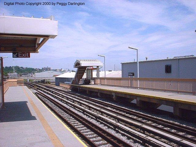 (79k, 640x480)<br><b>Country:</b> United States<br><b>City:</b> New York<br><b>System:</b> New York City Transit<br><b>Line:</b> SIRT<br><b>Location:</b> Clifton <br><b>Photo by:</b> Peggy Darlington<br><b>Date:</b> 6/2000<br><b>Viewed (this week/total):</b> 4 / 4174