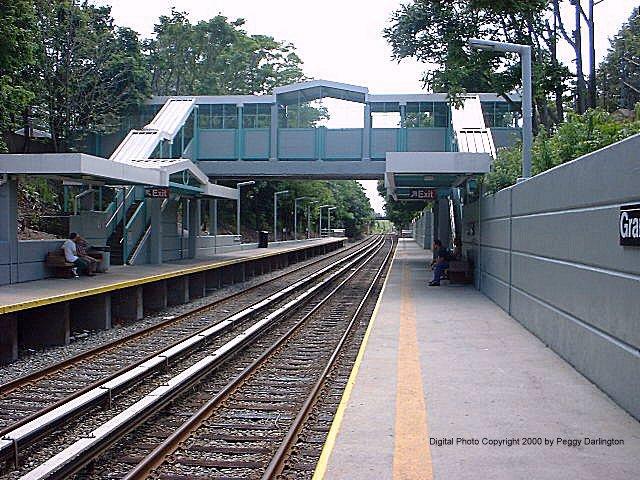 (108k, 640x480)<br><b>Country:</b> United States<br><b>City:</b> New York<br><b>System:</b> New York City Transit<br><b>Line:</b> SIRT<br><b>Location:</b> Grant City <br><b>Photo by:</b> Peggy Darlington<br><b>Date:</b> 6/2000<br><b>Viewed (this week/total):</b> 0 / 4331