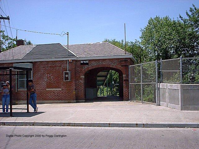 (98k, 640x480)<br><b>Country:</b> United States<br><b>City:</b> New York<br><b>System:</b> New York City Transit<br><b>Line:</b> SIRT<br><b>Location:</b> Grasmere <br><b>Photo by:</b> Peggy Darlington<br><b>Date:</b> 6/2000<br><b>Viewed (this week/total):</b> 1 / 4718