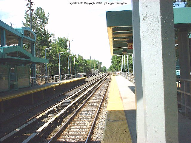 (85k, 640x480)<br><b>Country:</b> United States<br><b>City:</b> New York<br><b>System:</b> New York City Transit<br><b>Line:</b> SIRT<br><b>Location:</b> Great Kills <br><b>Photo by:</b> Peggy Darlington<br><b>Date:</b> 6/2000<br><b>Viewed (this week/total):</b> 4 / 3385