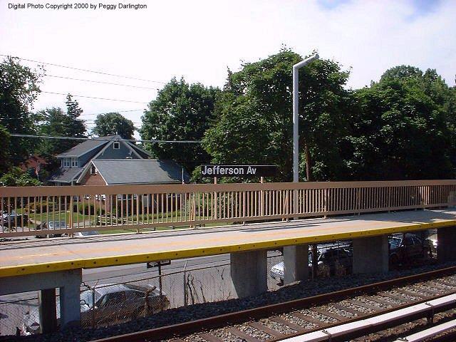 (99k, 640x480)<br><b>Country:</b> United States<br><b>City:</b> New York<br><b>System:</b> New York City Transit<br><b>Line:</b> SIRT<br><b>Location:</b> Jefferson Avenue <br><b>Photo by:</b> Peggy Darlington<br><b>Date:</b> 6/2000<br><b>Viewed (this week/total):</b> 2 / 3303