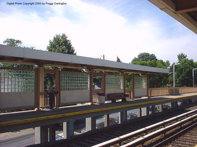 (75k, 640x480)<br><b>Country:</b> United States<br><b>City:</b> New York<br><b>System:</b> New York City Transit<br><b>Line:</b> SIRT<br><b>Location:</b> Jefferson Avenue <br><b>Photo by:</b> Peggy Darlington<br><b>Date:</b> 6/2000<br><b>Viewed (this week/total):</b> 1 / 3306