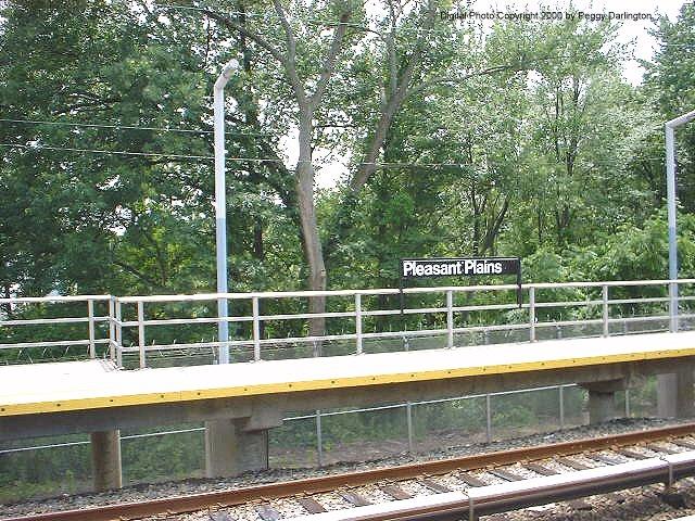 (126k, 640x480)<br><b>Country:</b> United States<br><b>City:</b> New York<br><b>System:</b> New York City Transit<br><b>Line:</b> SIRT<br><b>Location:</b> Pleasant Plains <br><b>Photo by:</b> Peggy Darlington<br><b>Date:</b> 6/2000<br><b>Viewed (this week/total):</b> 0 / 3507