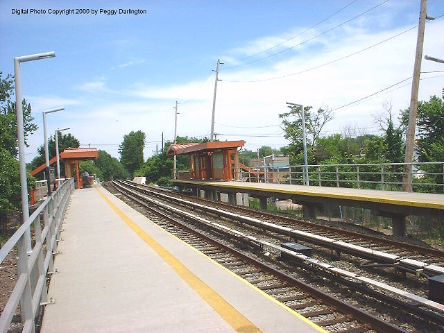 (87k, 640x480)<br><b>Country:</b> United States<br><b>City:</b> New York<br><b>System:</b> New York City Transit<br><b>Line:</b> SIRT<br><b>Location:</b> Pleasant Plains <br><b>Photo by:</b> Peggy Darlington<br><b>Date:</b> 6/2000<br><b>Viewed (this week/total):</b> 3 / 3686