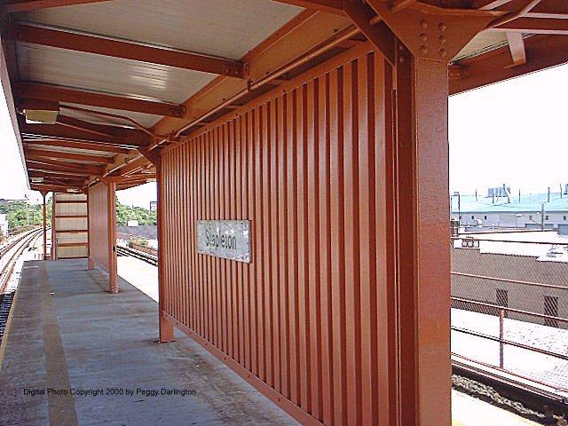 (86k, 640x480)<br><b>Country:</b> United States<br><b>City:</b> New York<br><b>System:</b> New York City Transit<br><b>Line:</b> SIRT<br><b>Location:</b> Stapleton <br><b>Photo by:</b> Peggy Darlington<br><b>Date:</b> 6/2000<br><b>Viewed (this week/total):</b> 0 / 4718
