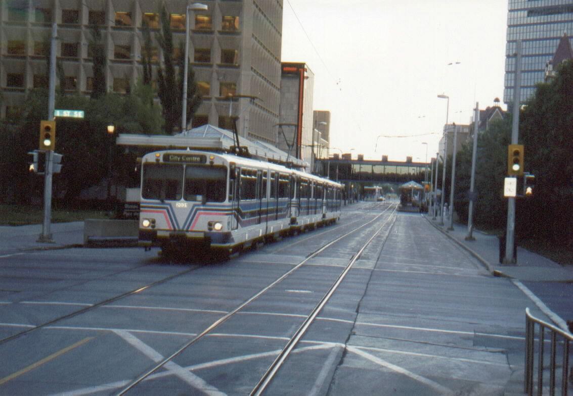 (119k, 1133x784)<br><b>Country:</b> Canada<br><b>City:</b> Calgary<br><b>System:</b> Calgary Transit<br><b>Location:</b> Centre Street <br><b>Car:</b>  2031 <br><b>Photo by:</b> Irwin Markowitz<br><b>Date:</b> 7/2001<br><b>Viewed (this week/total):</b> 1 / 6507
