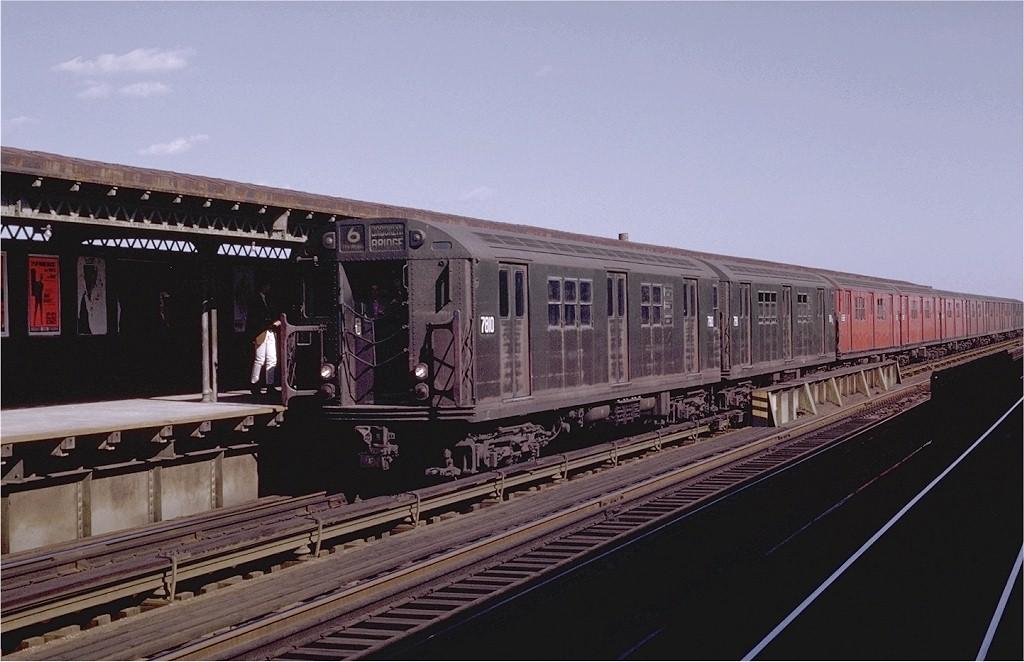 (172k, 1024x662)<br><b>Country:</b> United States<br><b>City:</b> New York<br><b>System:</b> New York City Transit<br><b>Line:</b> IRT Pelham Line<br><b>Location:</b> Castle Hill Avenue <br><b>Route:</b> 6<br><b>Car:</b> R-26 (American Car & Foundry, 1959-60) 7810 <br><b>Photo by:</b> Joe Testagrose<br><b>Date:</b> 10/18/1969<br><b>Viewed (this week/total):</b> 0 / 3177