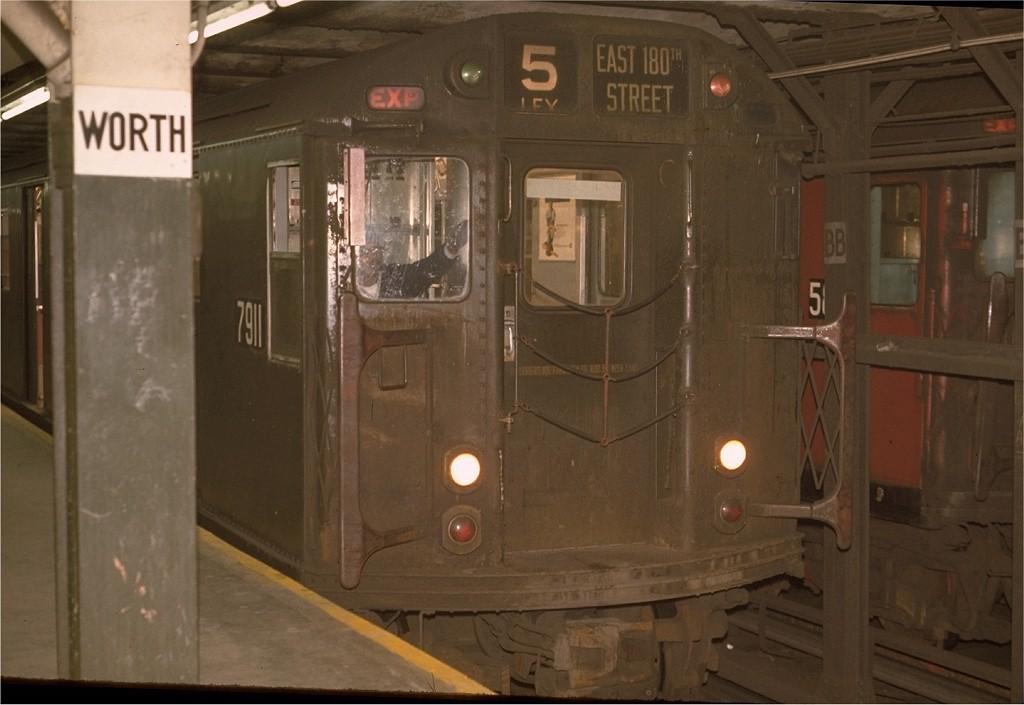 (144k, 1024x705)<br><b>Country:</b> United States<br><b>City:</b> New York<br><b>System:</b> New York City Transit<br><b>Line:</b> IRT East Side Line<br><b>Location:</b> Brooklyn Bridge/City Hall <br><b>Route:</b> 5<br><b>Car:</b> R-28 (American Car & Foundry, 1960-61) 7911 <br><b>Photo by:</b> Joe Testagrose<br><b>Date:</b> 5/21/1970<br><b>Viewed (this week/total):</b> 2 / 2868