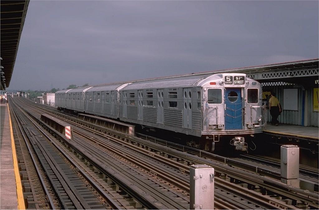(187k, 1024x674)<br><b>Country:</b> United States<br><b>City:</b> New York<br><b>System:</b> New York City Transit<br><b>Line:</b> BMT Culver Line<br><b>Location:</b> Bay Parkway (22nd Avenue) <br><b>Route:</b> Fan Trip<br><b>Car:</b> R-11 (Budd, 1949) 8013 <br><b>Photo by:</b> Doug Grotjahn<br><b>Collection of:</b> Joe Testagrose<br><b>Date:</b> 9/21/1975<br><b>Viewed (this week/total):</b> 3 / 3447