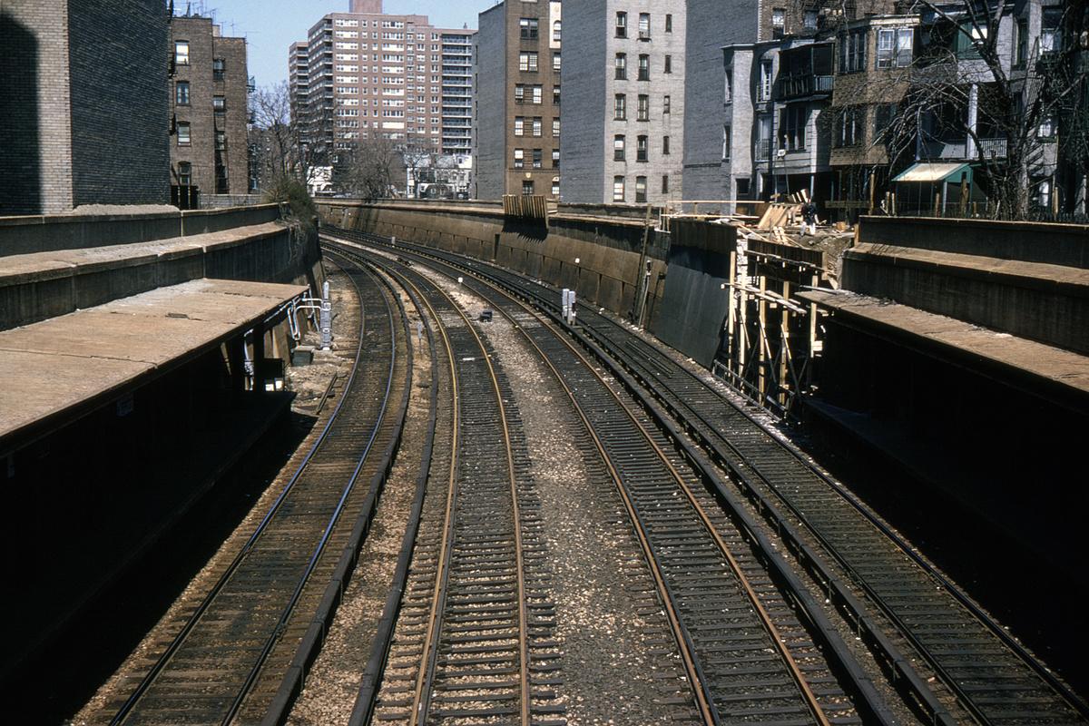 (620k, 1024x683)<br><b>Country:</b> United States<br><b>City:</b> New York<br><b>System:</b> New York City Transit<br><b>Line:</b> BMT Brighton Line<br><b>Location:</b> Parkside Avenue <br><b>Collection of:</b> David Pirmann<br><b>Date:</b> 4/4/1964<br><b>Viewed (this week/total):</b> 2 / 4629