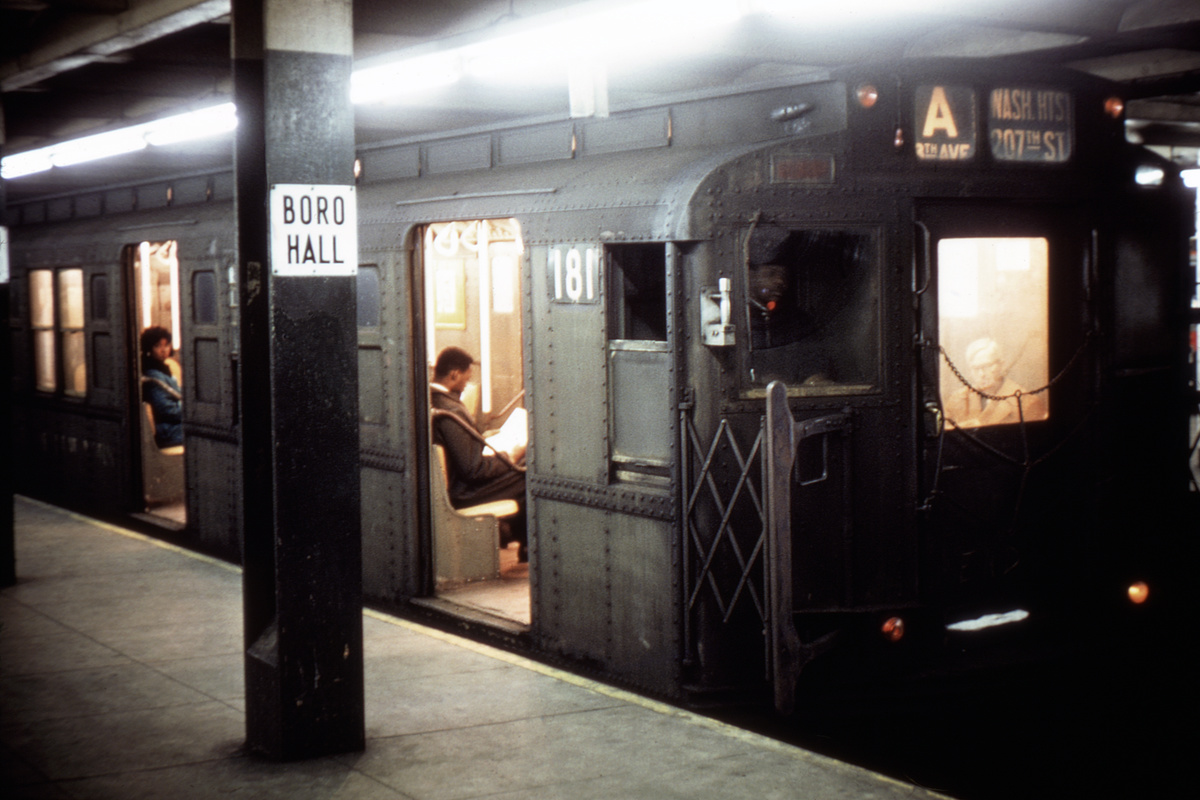 (325k, 1044x702)<br><b>Country:</b> United States<br><b>City:</b> New York<br><b>System:</b> New York City Transit<br><b>Line:</b> IND 8th Avenue Line<br><b>Location:</b> Jay St./Metrotech (Borough Hall) <br><b>Route:</b> A<br><b>Car:</b> R-1 (American Car & Foundry, 1930-1931) 181 <br><b>Collection of:</b> David Pirmann<br><b>Viewed (this week/total):</b> 3 / 3833