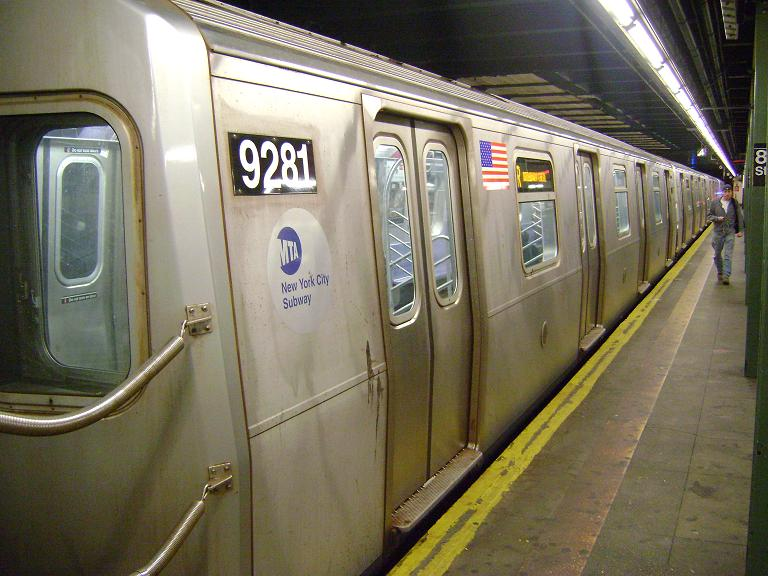 (96k, 768x576)<br><b>Country:</b> United States<br><b>City:</b> New York<br><b>System:</b> New York City Transit<br><b>Line:</b> BMT 4th Avenue<br><b>Location:</b> 86th Street <br><b>Route:</b> R<br><b>Car:</b> R-160A (Option 1) (Alstom, 2008-2009, 5 car sets)  9281 <br><b>Photo by:</b> John Dooley<br><b>Date:</b> 4/8/2010<br><b>Viewed (this week/total):</b> 5 / 1623