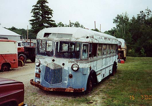 (50k, 530x368)<br><b>Country:</b> United States<br><b>City:</b> Kennebunk, ME<br><b>System:</b> Seashore Trolley Museum <br><b>Photo by:</b> Thurston Clark<br><b>Date:</b> 7/15/2000<br><b>Notes:</b> A-60 is former Red Star Way Inc.; Mfg 1935 by Twin Coach Intercity 23S<br><b>Viewed (this week/total):</b> 1 / 4019