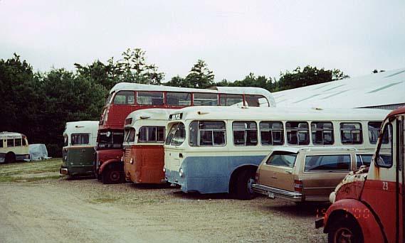 (39k, 569x342)<br><b>Country:</b> United States<br><b>City:</b> Kennebunk, ME<br><b>System:</b> Seashore Trolley Museum <br><b>Photo by:</b> Thurston Clark<br><b>Date:</b> 7/15/2000<br><b>Notes:</b> #623 Wilmington DE, Mfg 1939 by JG Brill 40-SMT trackless trolley; #504; #RTL-1628; #788 Boston, Mfg 1947 by Mack; #31 Biddeford & Saco Bus Lines, Mfg 1947 by AFC Brill C-36 under floor gasoline<br><b>Viewed (this week/total):</b> 3 / 3693