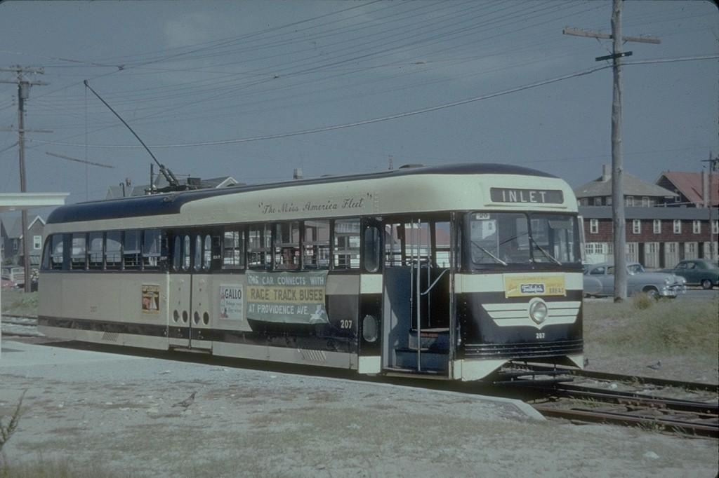 (156k, 1024x682)<br><b>Country:</b> United States<br><b>City:</b> Atlantic City, NJ<br><b>System:</b> Atlantic City Transit<br><b>Location:</b> Longport<br><b>Car:</b> Atlantic City Brilliner (J.G. Brill, 1940) 207 <br><b>Collection of:</b> Joe Testagrose<br><b>Date:</b> 9/9/1953<br><b>Viewed (this week/total):</b> 3 / 3361