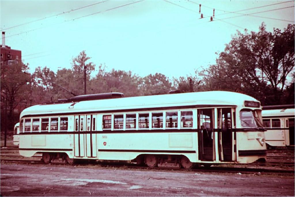 (164k, 1024x685)<br><b>Country:</b> United States<br><b>City:</b> Kansas City, MO<br><b>System:</b> Kansas City Public Service<br><b>Car:</b> PCC 551 <br><b>Collection of:</b> Joe Testagrose<br><b>Viewed (this week/total):</b> 0 / 1589